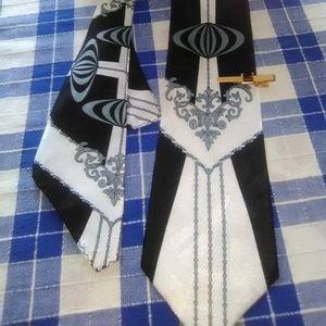 Art Deco Style tie